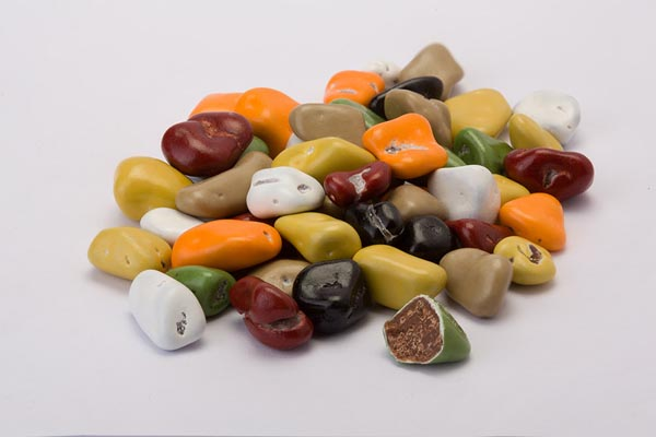 Colored stones Dragee